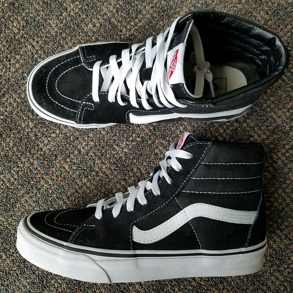 5f6140b2bacbf3 Vans Sk8 Hi Skate Shoes Black White High Top 7.5 9.  M 5c3bc1ff4ab6334ad270a9ba
